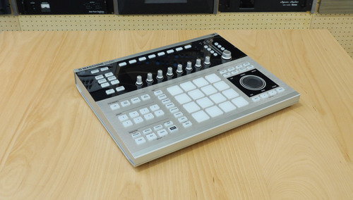 Native Instruments MASCHINE STUDIO PLATINUM EDITION