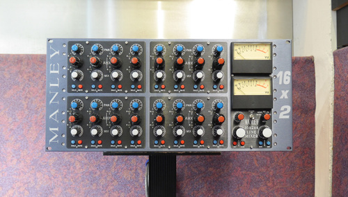 MANLEY 16x2x4 MIXER - Line Version w/4-AUX ★USEDセール!